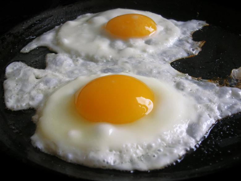 eggs-fe006757a870f68c0c9a48bf958044699860e7b7-s900-c85.jpg