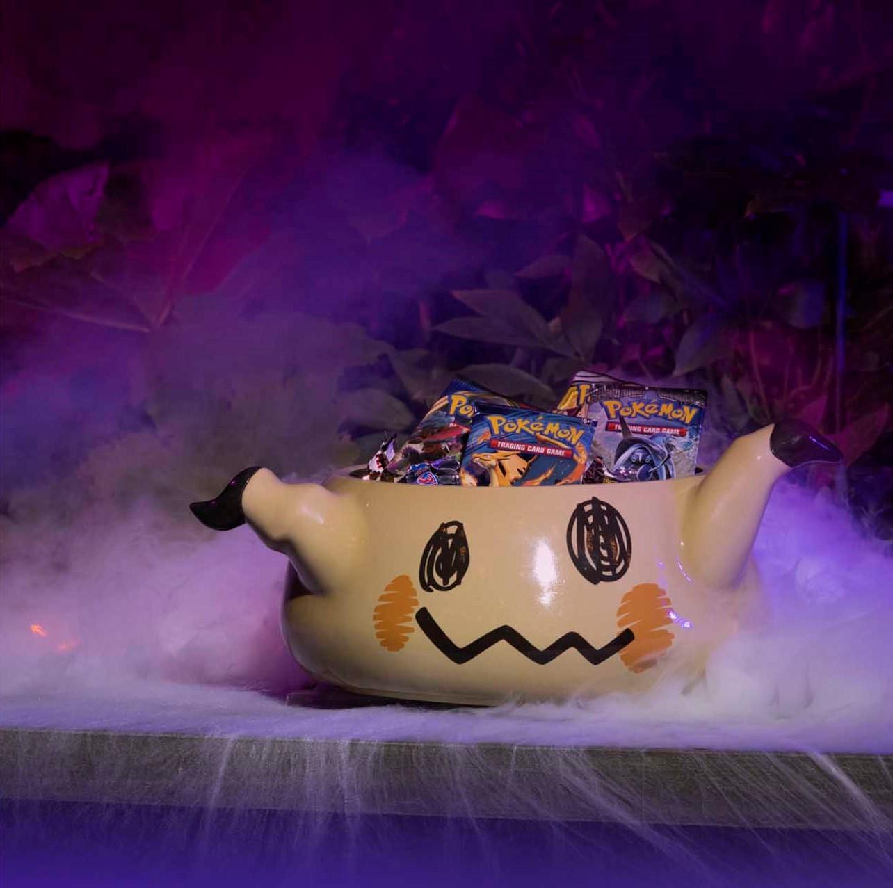 Mimikyu_Pokemon_Spooky_Celebration_Ceramic_Treat_Bowl.jpg